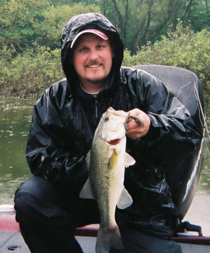 Chris Jones Kentucky Lake 4lb bass